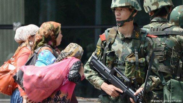 انتقاد تند وزیر خارجه آمریکا از اقدامات چین علیه اقلیت مسلمان اویغور