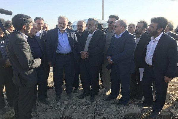 وزیر جهاد کشاورزی از طرح 46 هزار هکتاری سیستان بازدید کرد