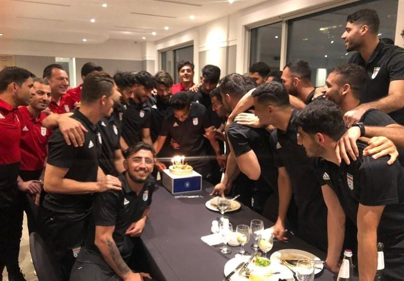 برگزاری جشن تولد شجاعی در اردوی تیم ملی