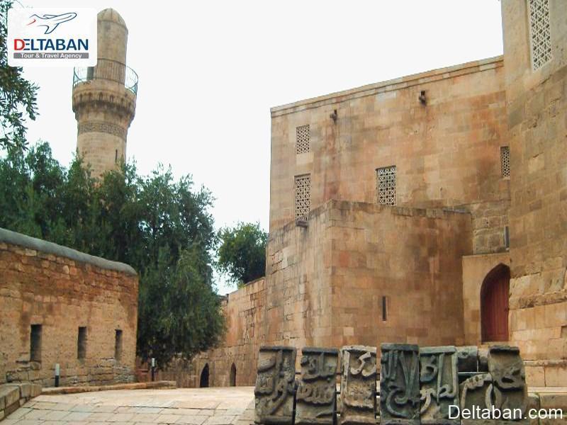 با مکان های تاریخی و باستانی شهر باکو آشنا شویم