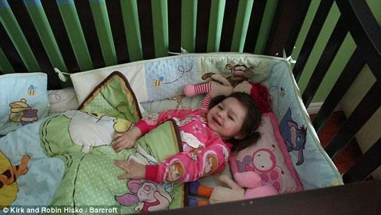 دختری که تنها 90دقیقه در شبانه روز میخوابد