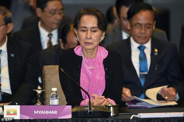 دفاع آنگ سان سوچی در دادگاه لاهه از اقدامات کشورش و رد اتهام نسل کشی