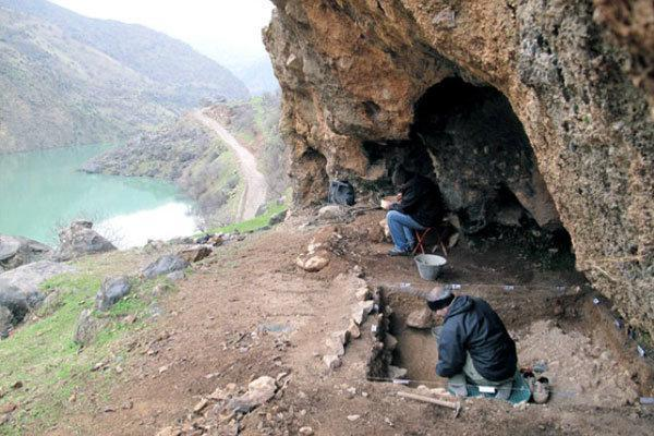 آثاری مربوط به هفتاد هزار سال پیش در غارهای رودخانه سیروان کشف شد