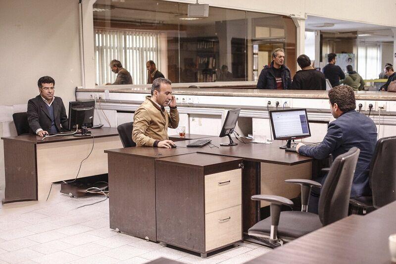 خبرنگاران حضور یک سوم کارکنان درمحل کار تا 20 فروردین تمدید شد