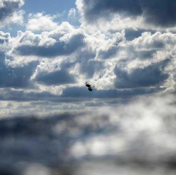 از آب به آسمان