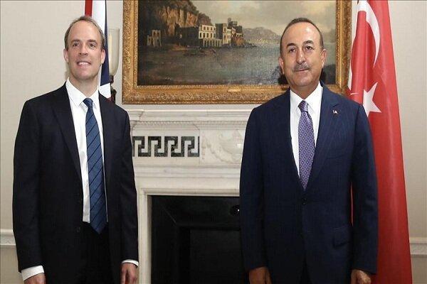 وزرای خارجه ترکیه و انگلیس ملاقات کردند