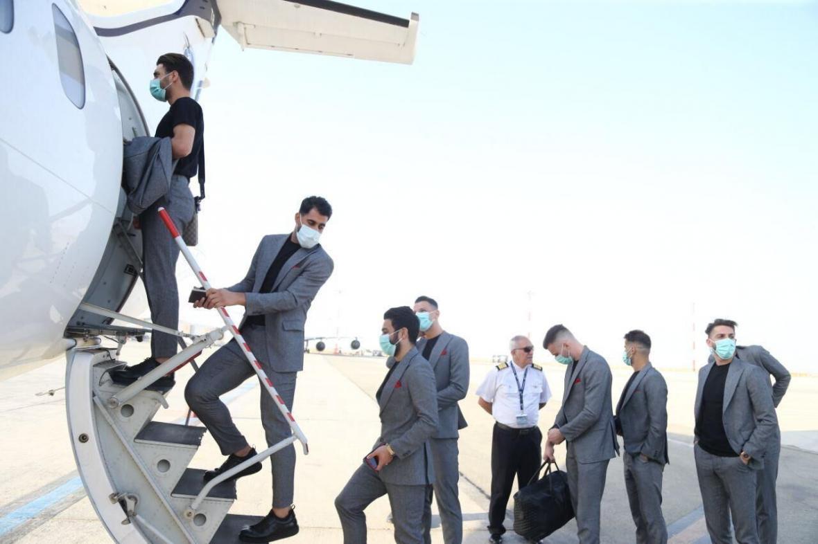 خبرنگاران کاروان پرسپولیس راهی قطر شد