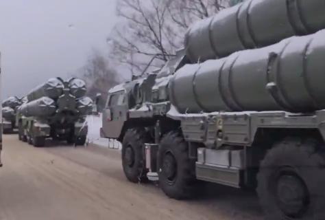 کامیون های اس-400 روسیه در مسکو تصادف کردند!
