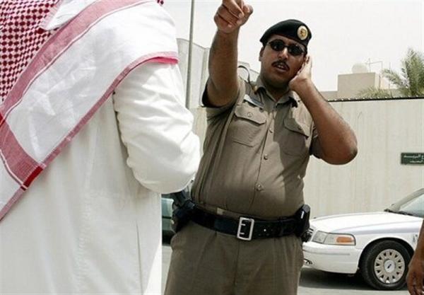 عربستان، انتقاد از سیاست آل سعود در ممنوع السفر کردن مخالفان پس از آزادی