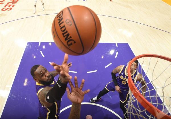 لیگ NBA، پیرزوی لیکرز در خانه، یوتا باخت و صدرنشین باقی ماند