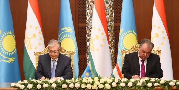 امضای 7 سند همکاری رهاورد سفر رئیس جمهور قزاقستان به دوشنبه