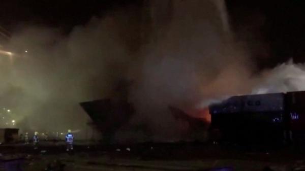 انفجار و آتش سوزی در بندر جبل علی دبی (