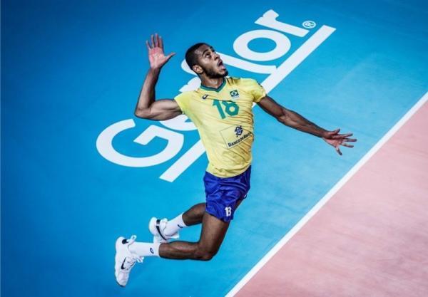 ستاره والیبال برزیل به لوبه پیوست