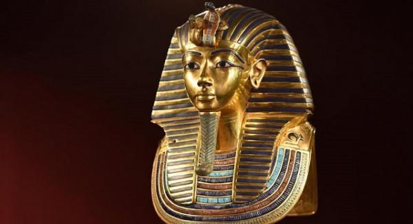 راز نقاب فرعون جوان مصر چیست؟